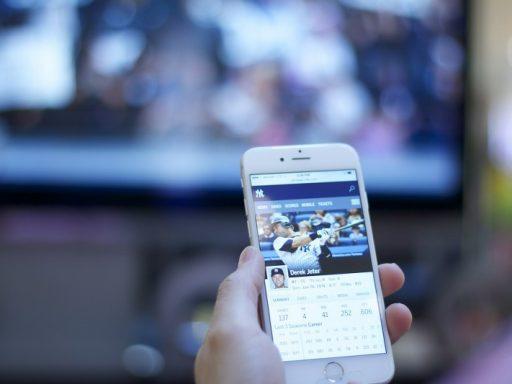guardare-contenuti-dello-smartphone-sulla-tv